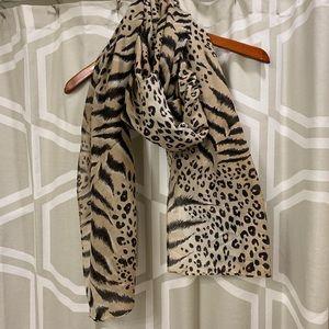 H&M leopard print scarf shawl